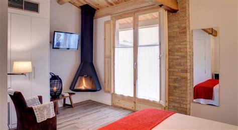 chimenea romantica top 5 rom 225 nticas habitaciones con chimenea nomolesten
