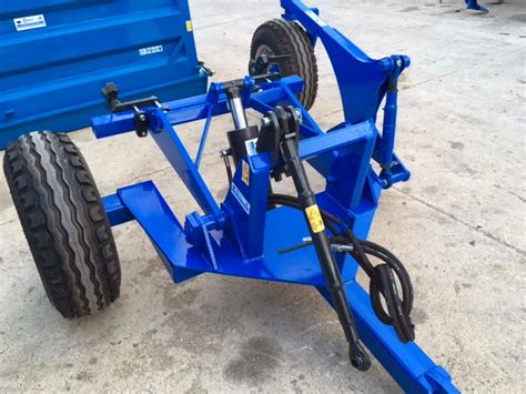 carrello porta attrezzi agricoli usato produzione e vendita carrello porta attrezzi sicilia