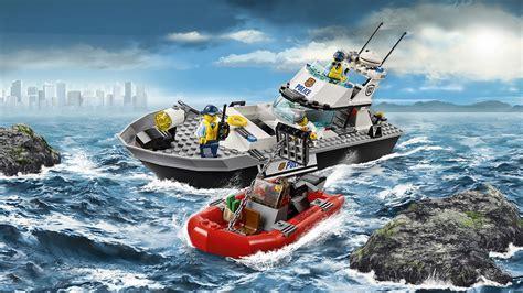 lego boat in motion lego 60129 le bateau de patrouille de police prix briqueo