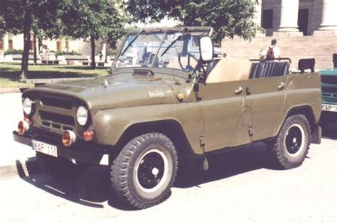 jeep russian so if i buy a soviet military jeep what color should i