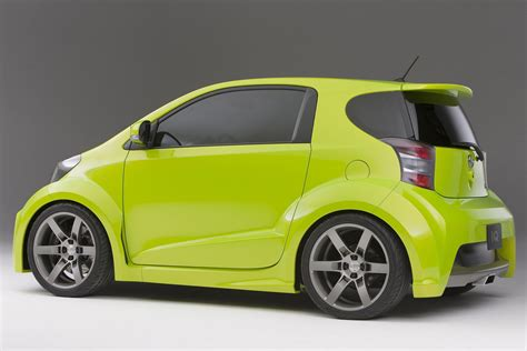 scion iq concept five axis