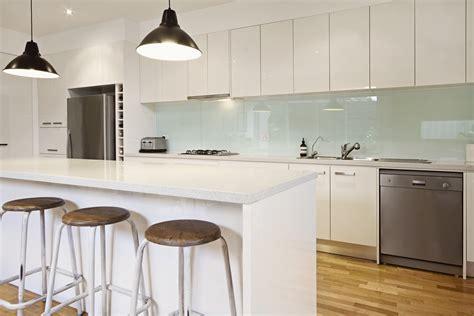 Over Kitchen Island Lighting by Keukenwerkbladen Geschikte Materialen En Hun Prijzen