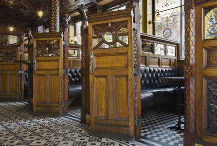wooden snugs   wall   crown bar great