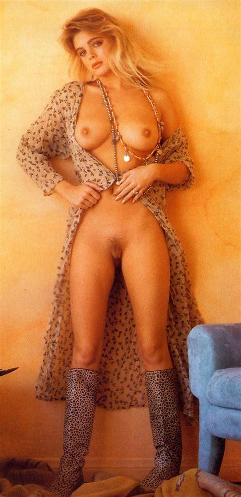 Actress Erika Eleniak Nude Pics Vintage Hairy Pussy Alert Scandal Planet