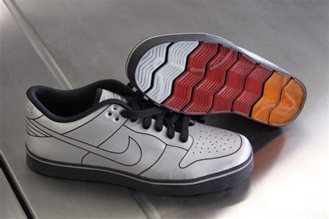Nike Shoe Giveaway - nike dunk 6 0 delorean shoes autoblog giveaway 関連フォトギャラリー