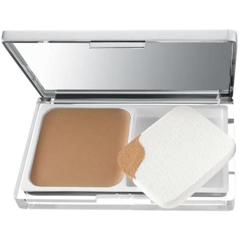 Clinique Compact Powder anti blemish solutions powder makeup by clinique