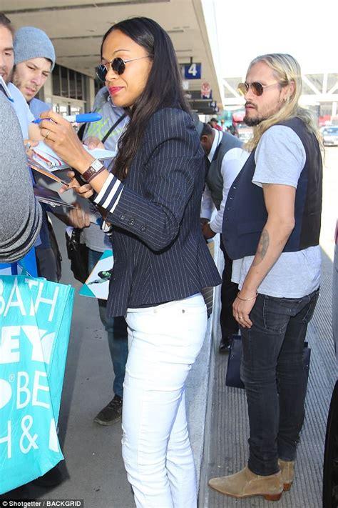 Blazer Wanita Zoe Stripe Black zoe saldana sports stripes and white slacks at lax daily mail