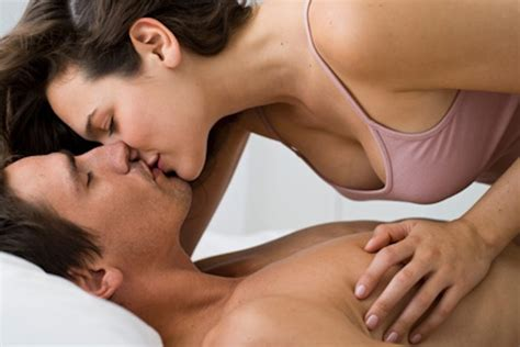 kissing on bed love images couples kissing wallpaper photos 35106726