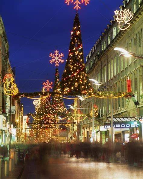 Kid Duvet Covers Christmas In Dublin Henry Street At Photograph By The