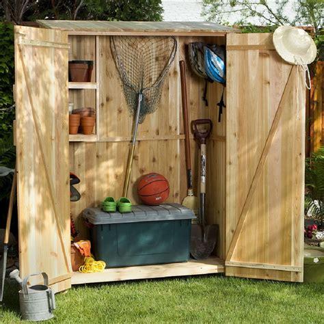shop   cedar lean  cedar wood storage shed
