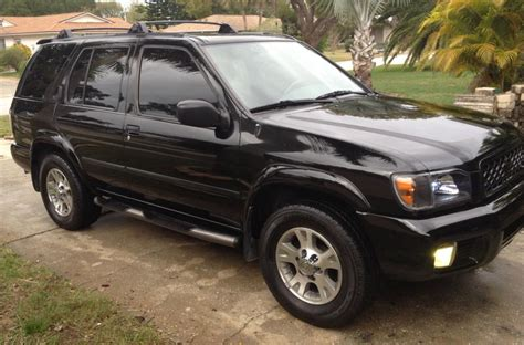nissan pathfinder black 2000 nissan pathfinder black 200 interior and exterior