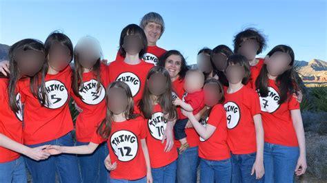 imagenes de la familia reunida como unos padres pueden torturar a sus hijos como los