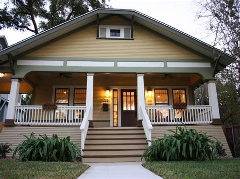 craftsman bungalow style 1920 craftsman bungalow exterior paint colors 1920