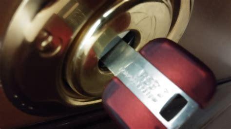 sostituzione cilindro europeo porta blindata apertura porte roma 334 2342798