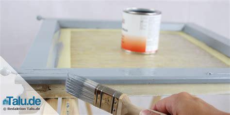 Fensterrahmen Abschleifen Lackieren by Alte Fensterrahmen Reinigen Streichen Und Abdichten