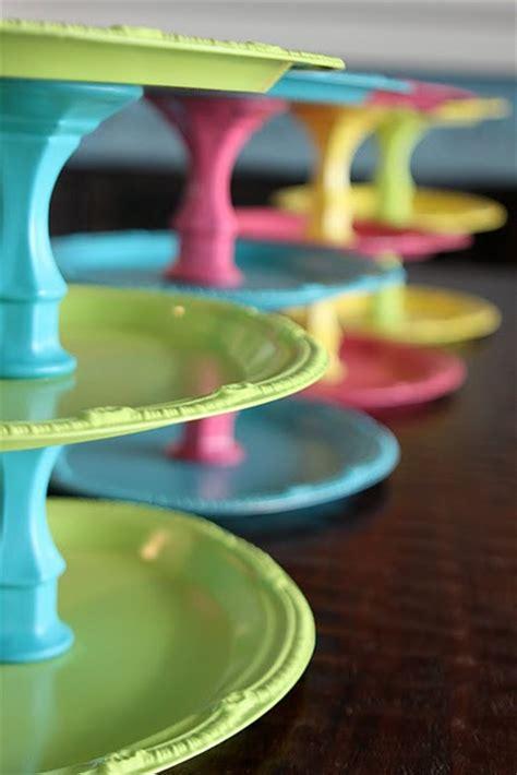 Diy Cupcake Stand Ideas Cupcake Monday Diy Cupcake Stand Tutorial The Tomkat