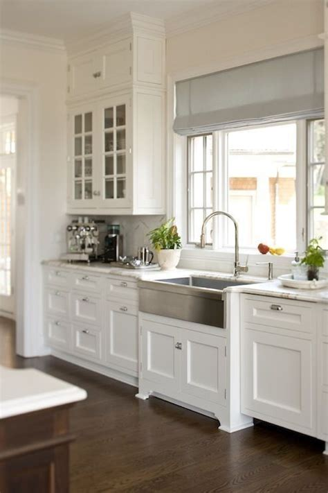 Shaker Style White Kitchen Cabinets by 10 Best Ideas About Shaker Style Kitchens On Pinterest