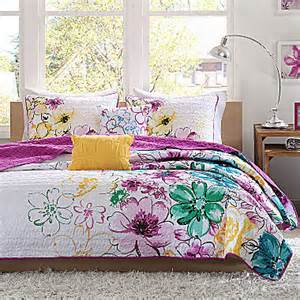 Seventeen Magazine Bedding Sets Jcpenney Intelligent Design Floral Quilt Set