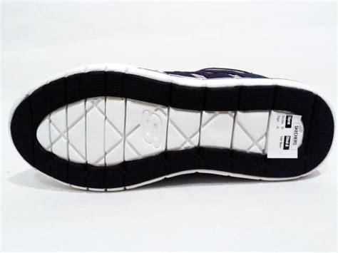 Sepatu Skechers Relaxed Fit sepatu skechers relaxed fit arcade ii navy grey gudang