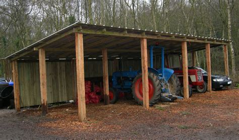 Tractor Shed by Gallery Timber Services