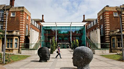 Hull College Of Business Mba by Business Management And Accounting Of Hull