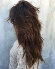 long shag hairstyle pictures with v back cut best 25 messy layers ideas on pinterest layered short