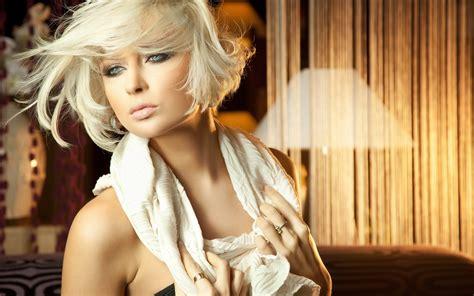 beautiful blonde wallpaper 1680x1050 68083