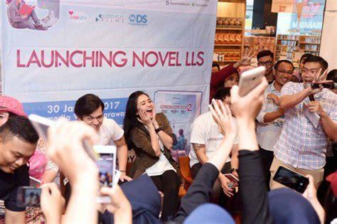 film barat baper novel london love story 2 rilis penulis janjikan lebih