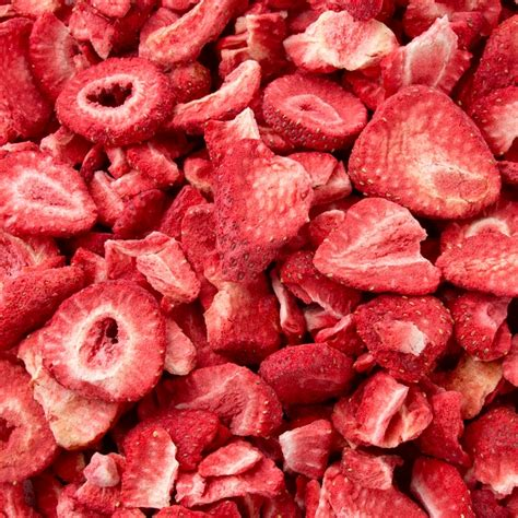 freeze dried strawberries 2oz bag organic freeze