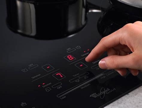 cucina a induzione consumo consumo cucina induzione si risparmia o no risparmiare
