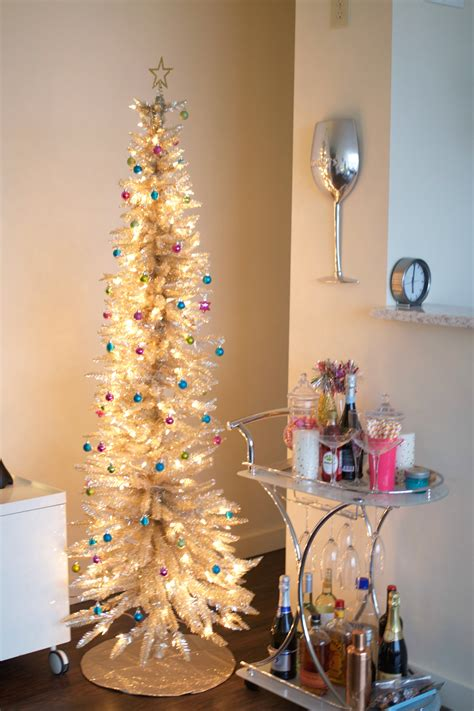 decorating skinny christmas tree how to decorate with lights baubles to bubbles