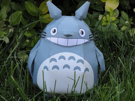 Totoro Papercraft - totoro papercraft 2 by volleyballplayer13 on deviantart
