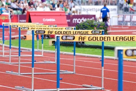 how to your to jump hurdles file hurdles bislett 2008 jpg wikimedia commons