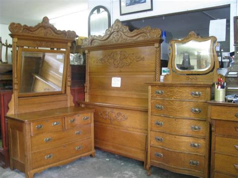 Antique Wood Bedroom Furniture Antique Oak Bedroom Furniture Bedroom Furniture Reviews