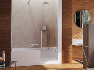 da vasca da bagno a doccia vasca da bagno con doccia con porta door by glass
