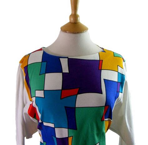 80s abstract pattern shirt multicolored abstract print 80s tee shirt 12 blue 17