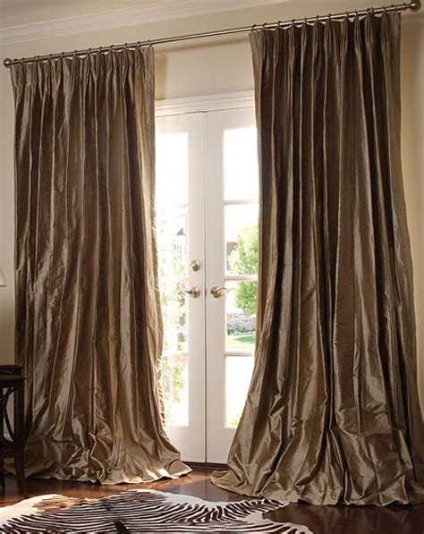 Elegant Living Room Curtains | tips for choosing living room curtains elliott spour house