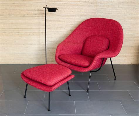 womb chair  ottoman  eero saarinen  knoll  interiors