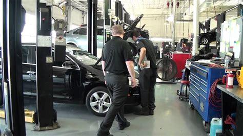 Volkswagen Service Department by Park Cities Volkswagen Dealership Service Department