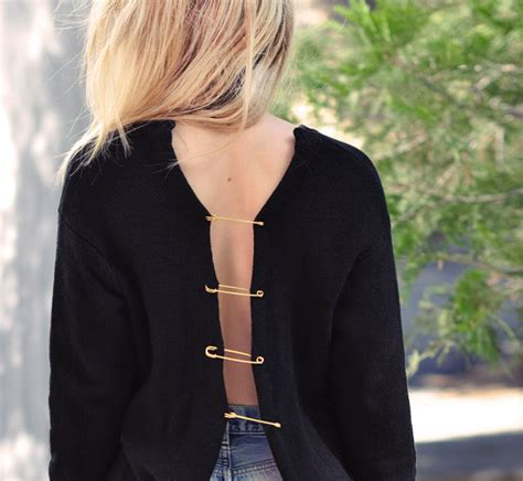 Sweater Versase Voil by Diy Open Back Sweater W Big Pins Inspired By Versace