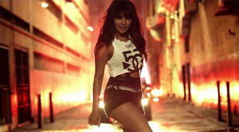 priyanka chopra in my city audio priyanka chopra wins 2015 mtv emas best india act the