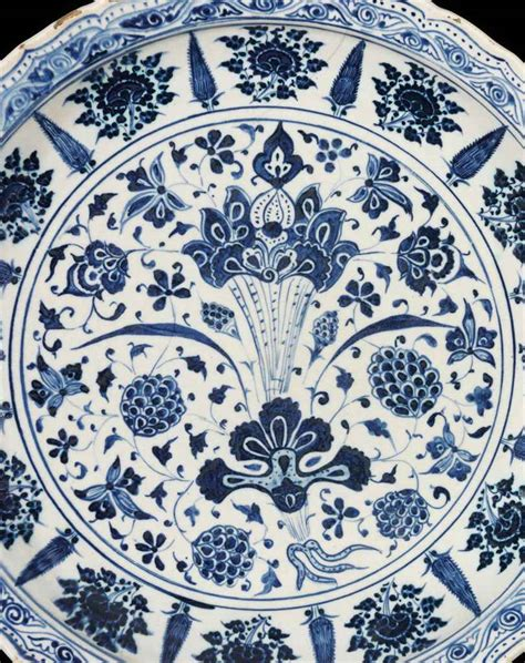 Blue And White Ottoman An Important Early Ottoman Blue And White Pottery Dish Probably Edirne Or Bursa Mid 15th