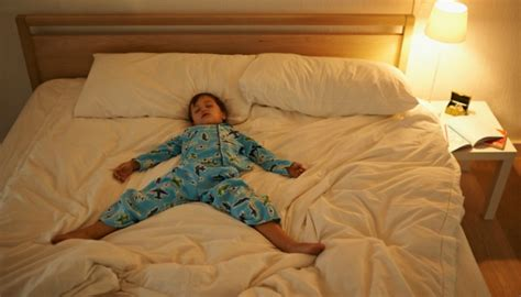 when to put baby in toddler bed 28 reasons i can t wait to put you to bed tonight scary
