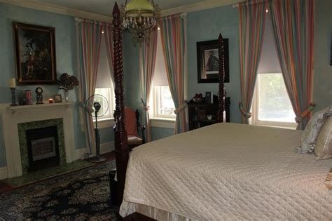 steel magnolias bed and breakfast we stayed in the gorgeous jackson room picture of steel