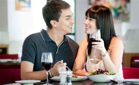 dating dinner dr house cleaning tips on a dinner date at home