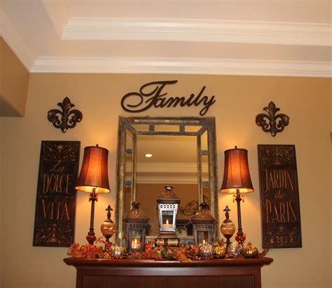 fall displaydining room mantle