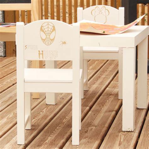 chaise enfant personnalisable chaise d enfant personnalis 233 e en bois spider masque