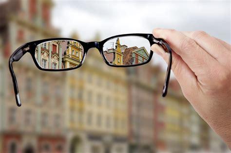 ab wann darf kontaktlinsen tragen augenflimmern ursachen erkrankungen und therapie