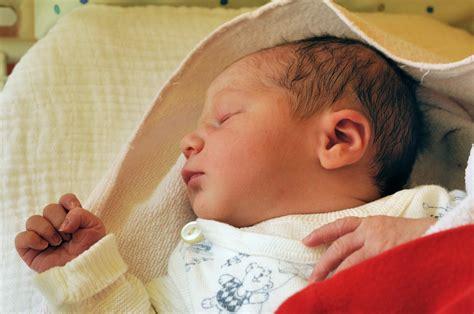 neonati in i neonati riconoscono le parole ecco la verit 224