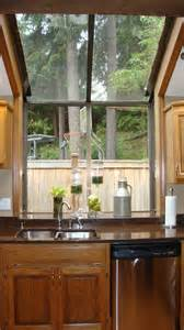 classic pictures of bay windows with white glass bay